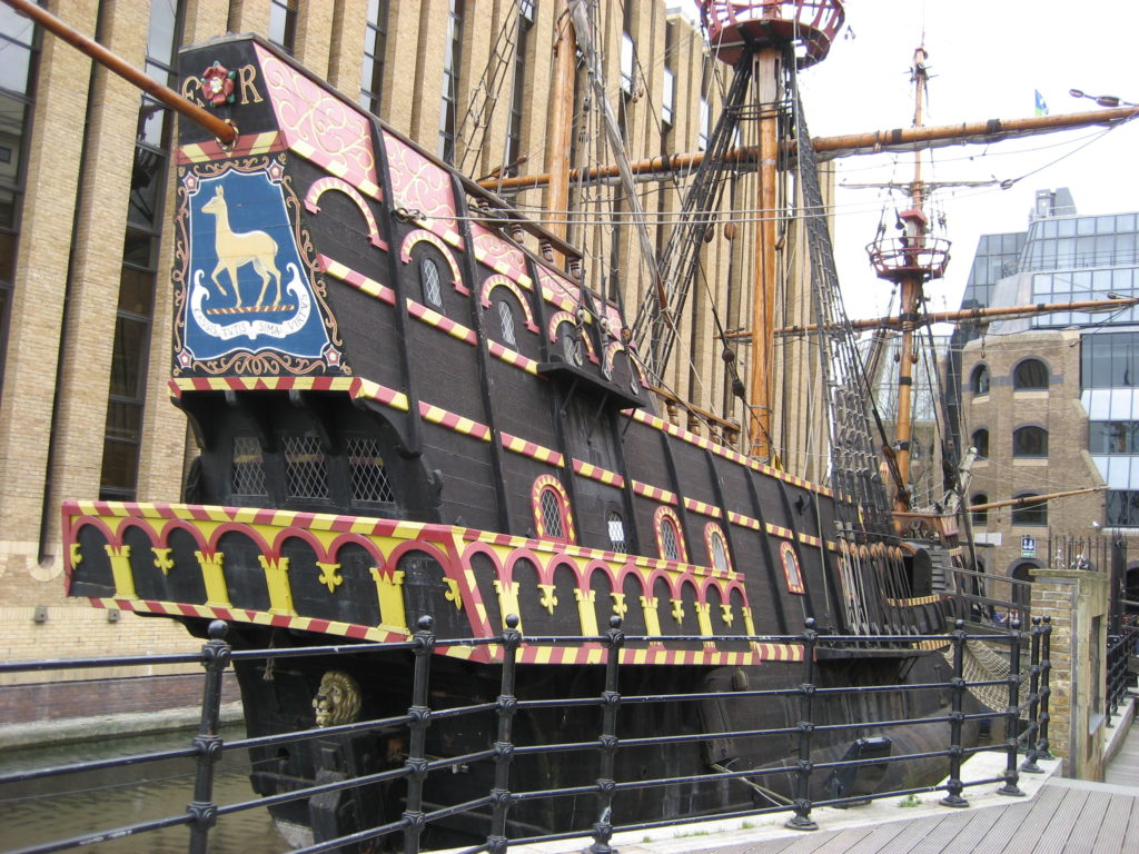 The (replica of the) Golden Hinde
