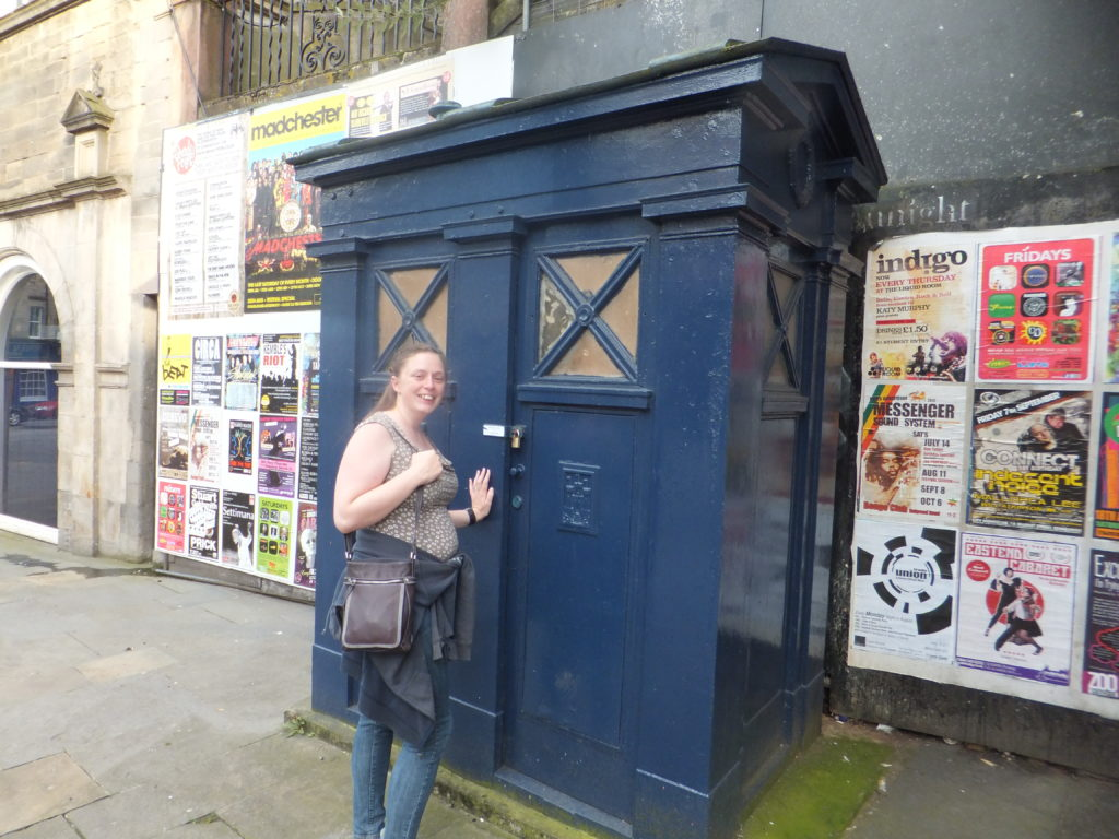 Ruth discovers a police box and is inordinately excited.
