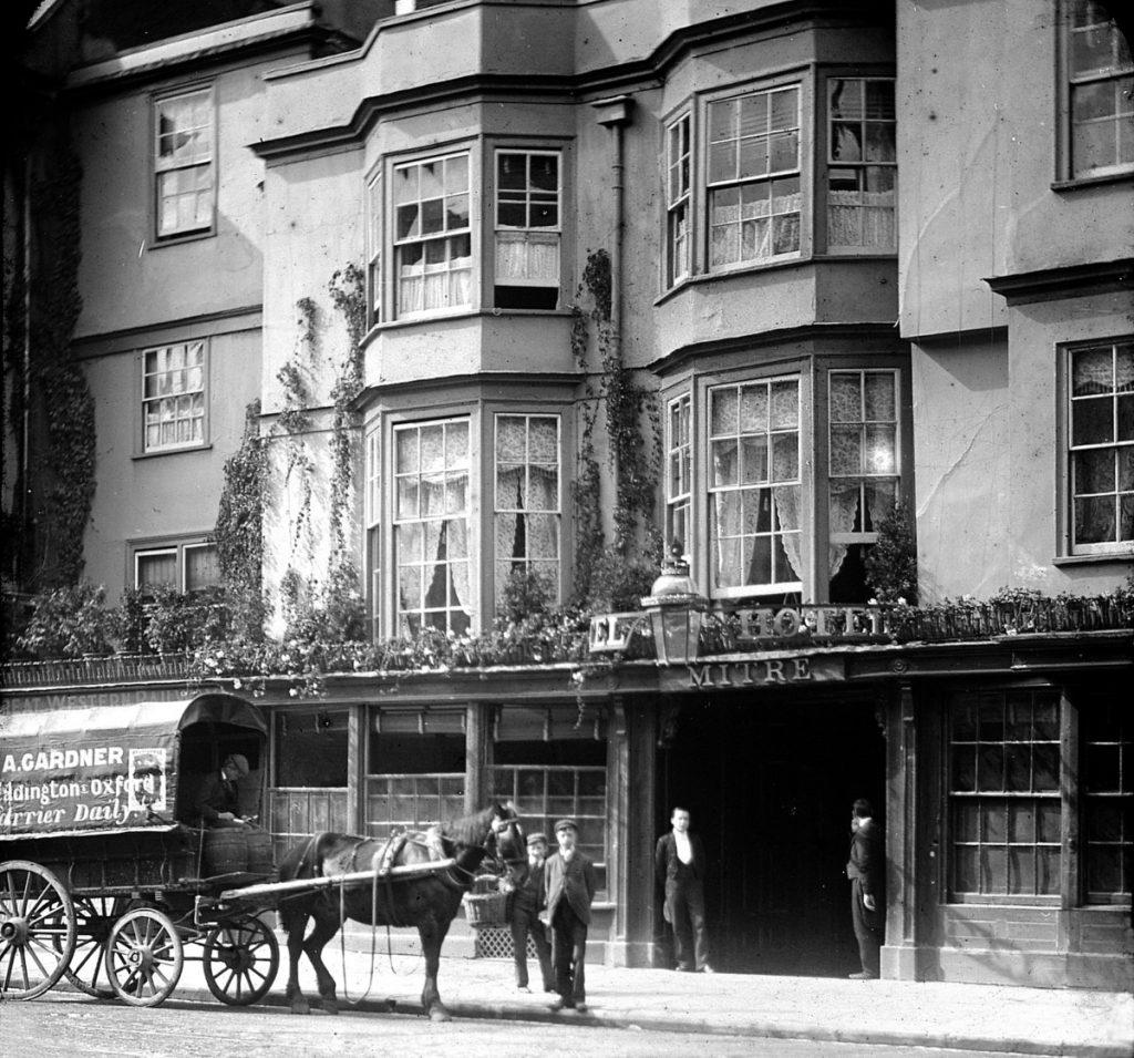 Oxford stagecoach