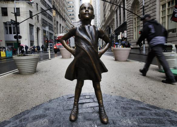 """Fearless girl"" statue"