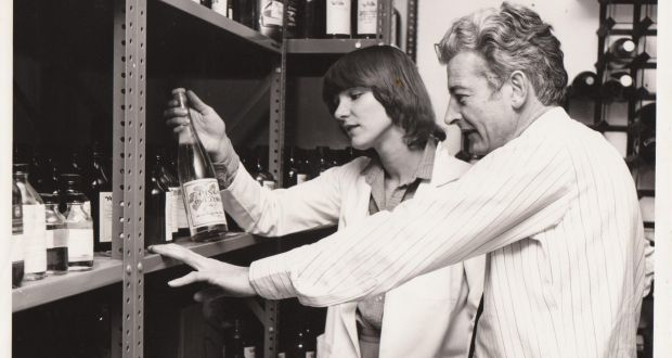 Mac Macpherson, second-in-command at Gilbeys research laboratory in Harlow, Essex, and an unidentified colleague. He would develop the Baileys formula from the original prototype