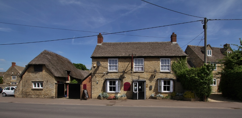 The Kings Arms in Kidligton. Photo courtesy of User:Motacilla on Wikimedia Commons, used under a Creative Commons (attribution, sharealike) license.