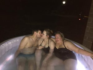 Graham kisses Jemma alongside Becky in the hot tub.