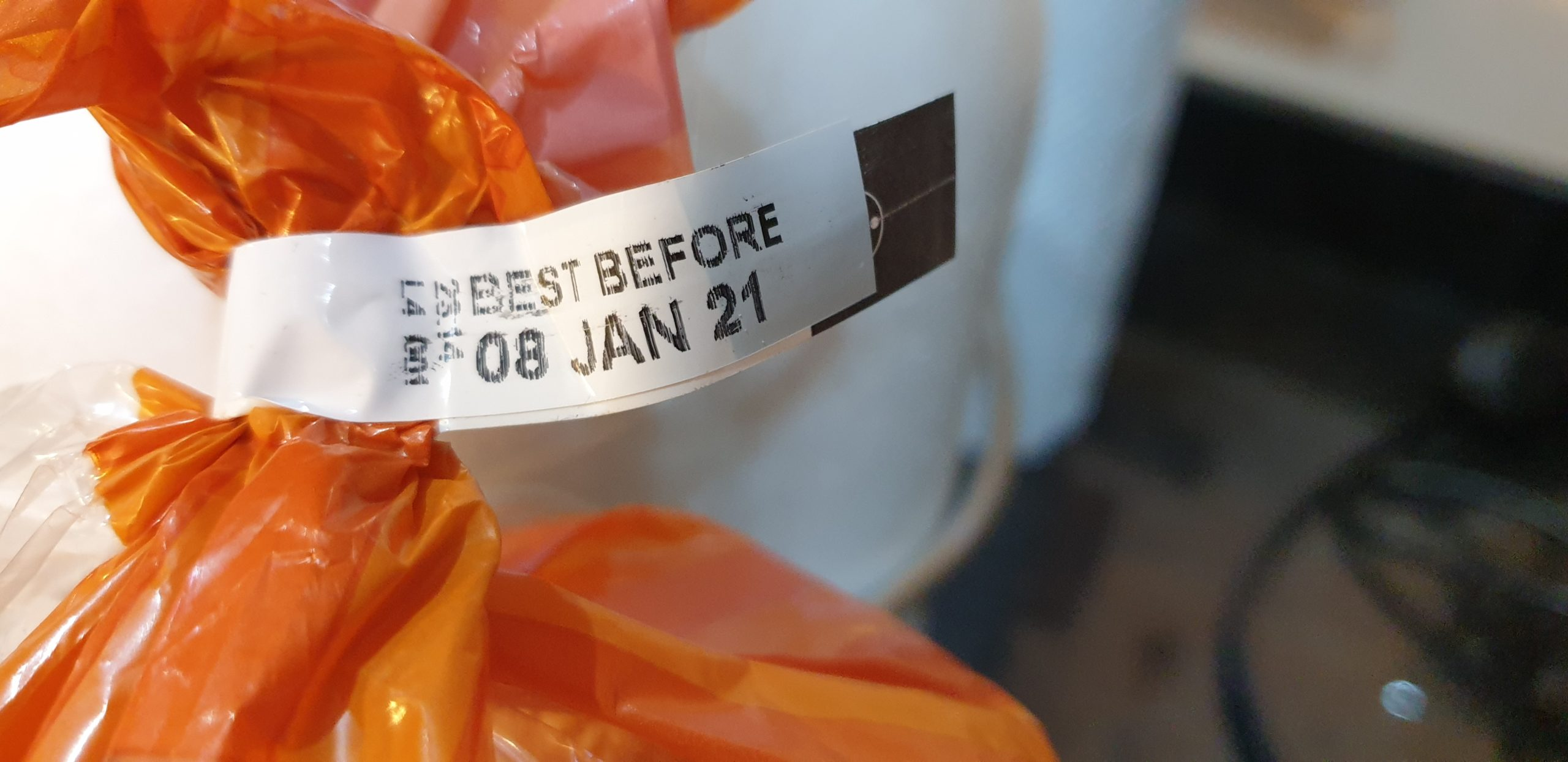 Label: Best Before 8 Jan 2021.